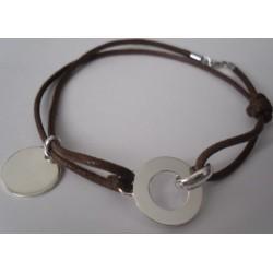 Bracelet médaille et bijou